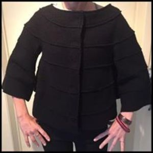 Wool round neck cape